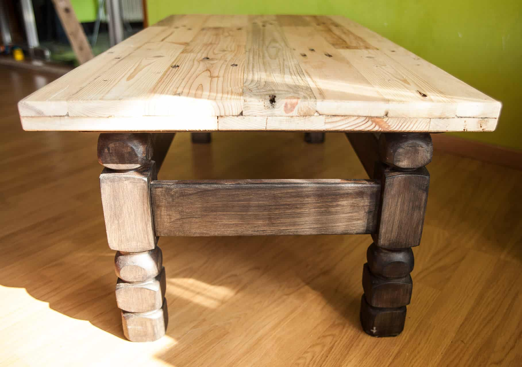 Pallet furniture coffee table - Diy Video Tutorial Pallet Coffee Table Renovation Pallet Ideas 1001 Pallets