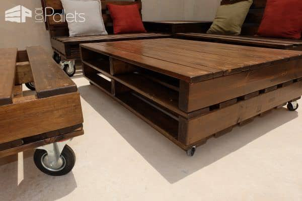 mobile pallet lounge set creates beautiful outdoor living ... - Mobili Pallet Interior Design