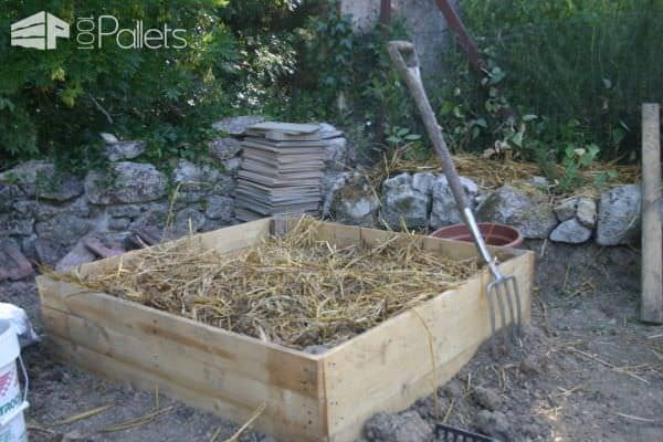 Raised Pallet Garden Beds / Carré Potager Pallet Planters & Compost Bins