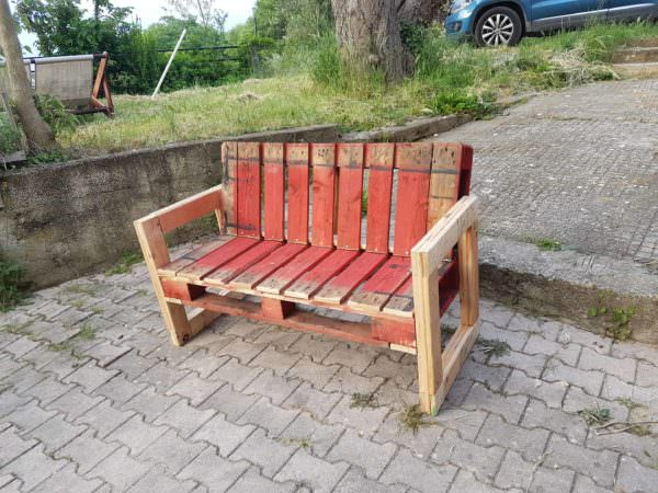 Red Pallet Garden Bench For Outdoor Relaxing Pallet Benches, Pallet Chairs & Stools