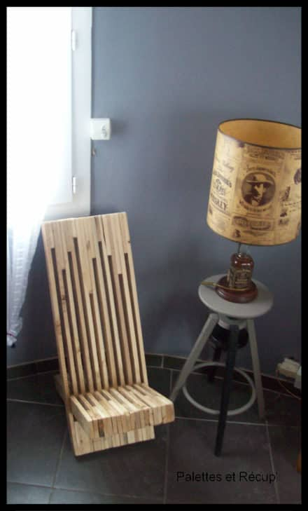 pallet benches pallet chairs stools pallet ideas 1001 pallets. Black Bedroom Furniture Sets. Home Design Ideas