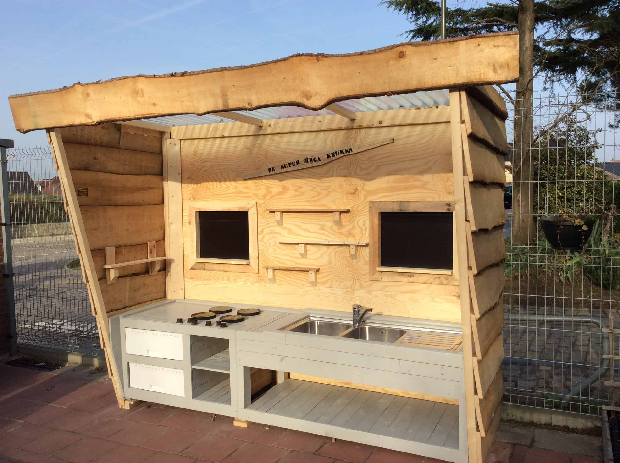 Pallet Kitchen Furniture Pallets In The Garden O Pallet Ideas O 1001 Pallets