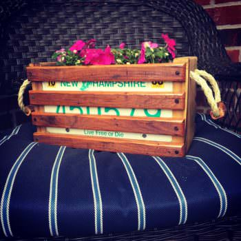 Video Tutorial: License Plate Pallet Wood Planter