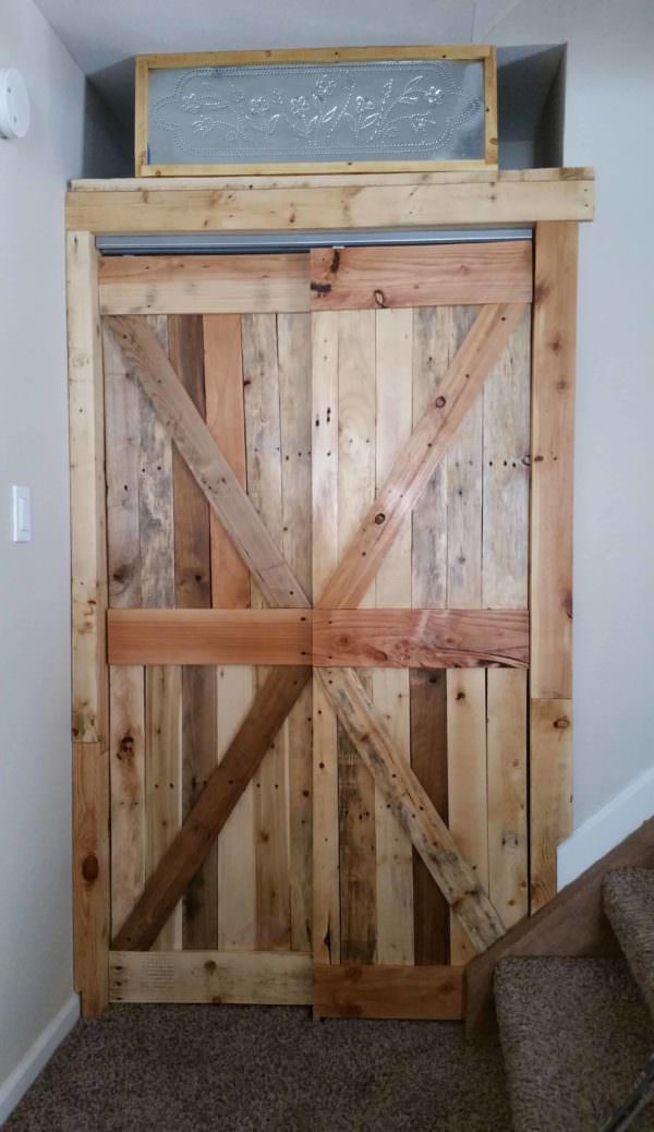 Amazing Pallet Closet Doors: Gift For My Daughter