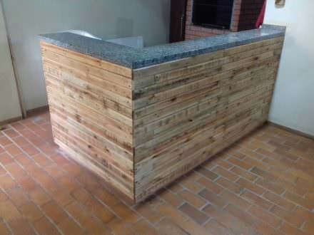 Beautiful Pallet Outdoor Kitchen Counter