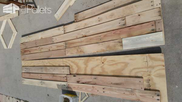 Build Your Own Stunning Sliding Pallet Barn Doors! DIY Pallet TutorialsPallet Walls & Pallet Doors