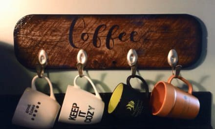 Diy Video Tutorial: Spoon Hook Pallet Cup Holder