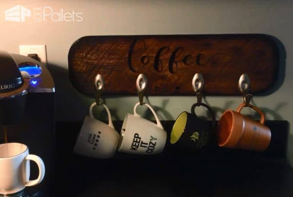 Spoon Hook Pallet Cup Holder