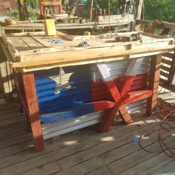 Good Ole' Boy's Pallet Bar Will Inspire You!