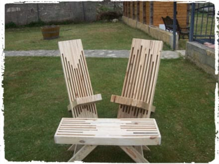 Modern Stacked Pallet Patio Set