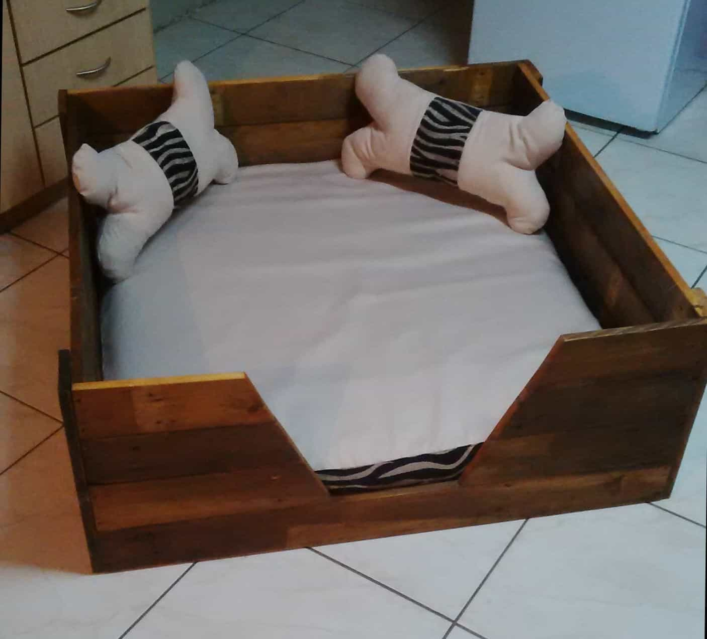 Poochs Perfect Pallet Dog Bed With Homemade Cushions Pillows