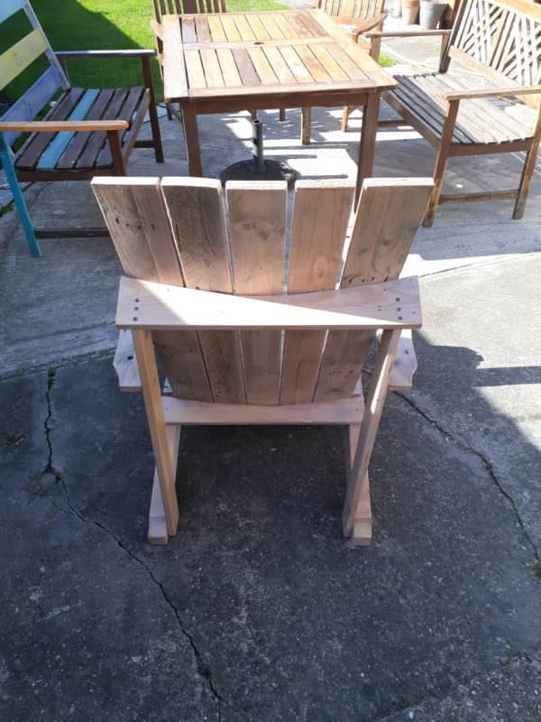 Standard Pallet Adirondack Chair Made Using Jigsaw