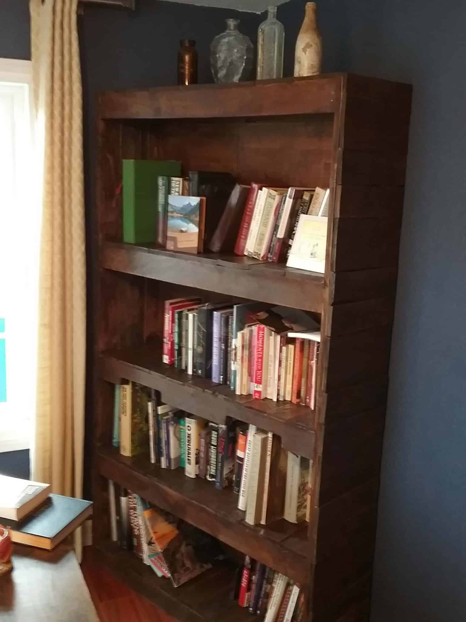 Sturdy Stylish Pallet Wood Bookcase 1001 Pallets