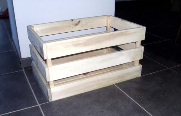 Pallet Vegetable Bin Has Many Handy Uses Pallet Boxes & Chests