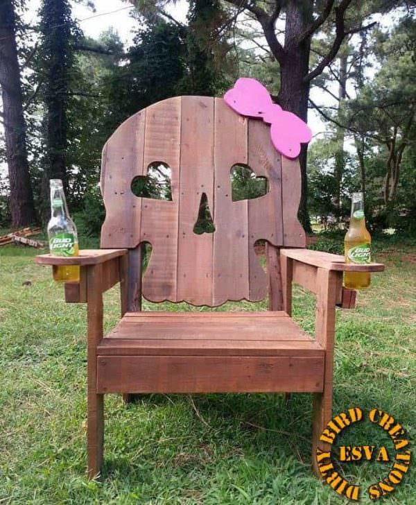 Two-fisted Sassy Skull Pallet Chair Pallet Benches, Pallet Chairs & Stools