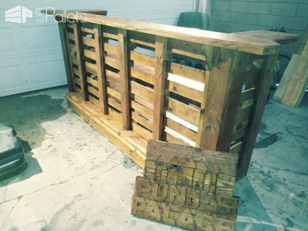 Angled-edge Pallet Bar Rocks Your Outdoor Parties! Pallet Bars