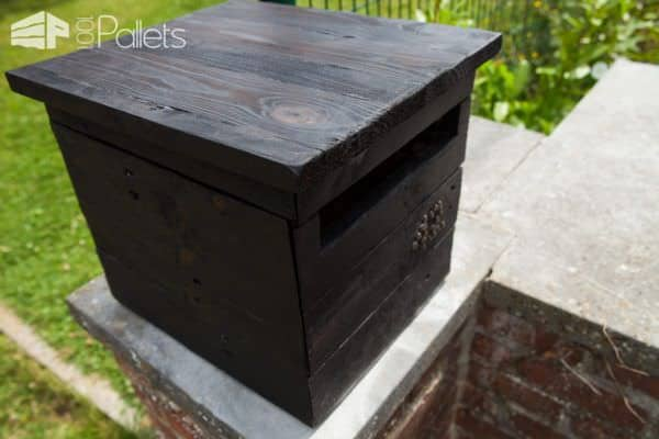 diy video tutorial shou sugi ban pallet mailbox bo te aux lettres en palettes et en bois. Black Bedroom Furniture Sets. Home Design Ideas