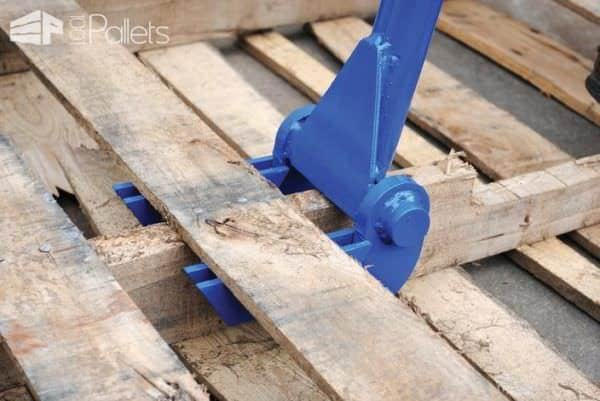 Diy Video Tutorial: Vestil Pallet Buster Bar Dismantles Pallets Quickly DIY Pallet Video Tutorials