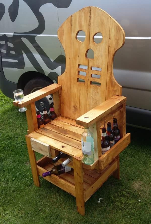 Doesn't everyone need several places to stash bottles of alcohol or hold wine glasses like this Pallet Party Bar Chair does?