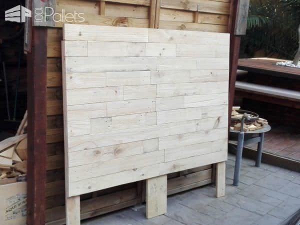 Sweet Dreams Stenciled Pallet Headboard DIY Pallet Bed Headboard & Frame