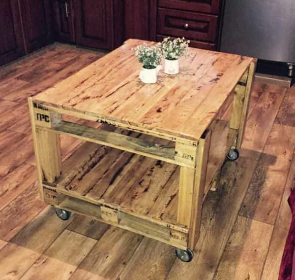 Pallet Projects June #2 is a tall rolling pallet coffee table. Handy for both indoors and outdoor use!
