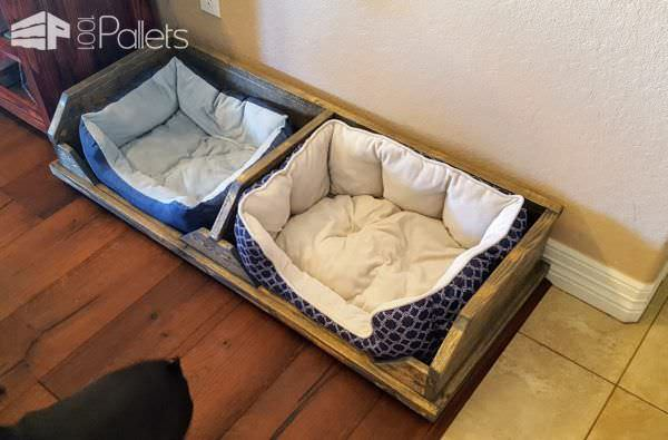 Add your favorite pre-made dog cushions or make your own for this Pallet Two-Dog Bed.