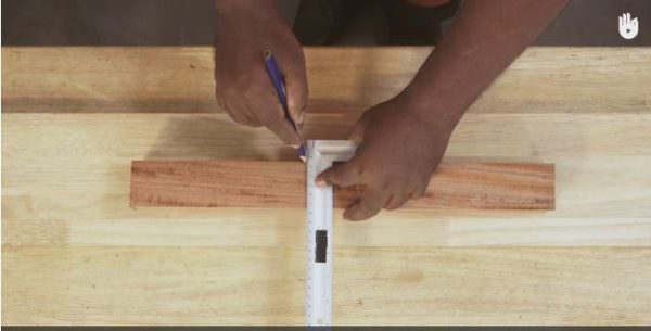 Create accurate, straight cuts with Miter Squares.