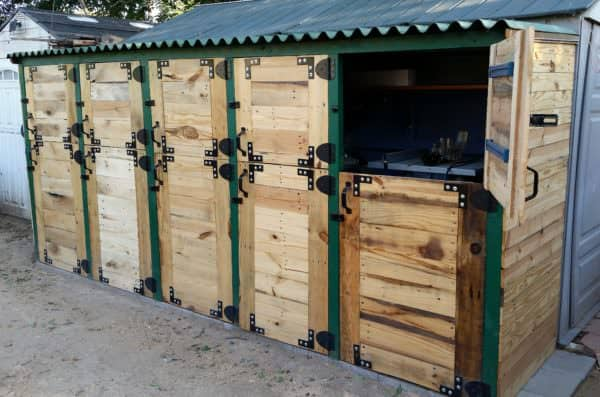 Pallet Stall Tool Shed Features Dutch Doors