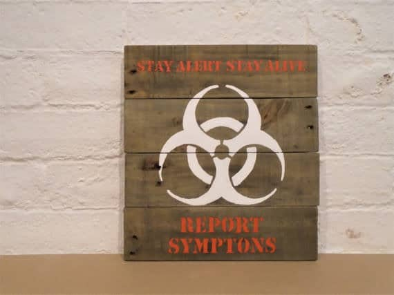stay alert stay alive zombie apocalypse sign is a spooky halloween pallet craft