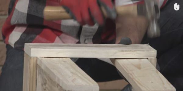 This Fast Pallet Stool only requires a hammer and nails to make it.