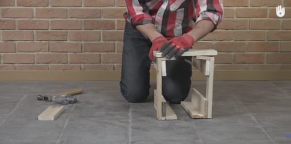 You will be able to finish this Fast Pallet Stool quickly with help of this DIY Video Tutorial