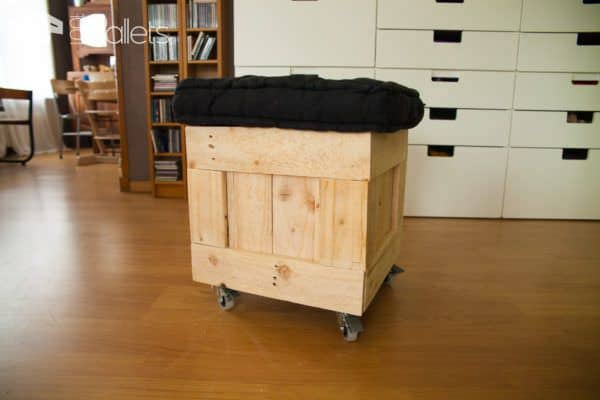 Diy Video Tutorial: Mobile Pallet Pouf Seat Pallet Benches, Pallet Chairs & Stools