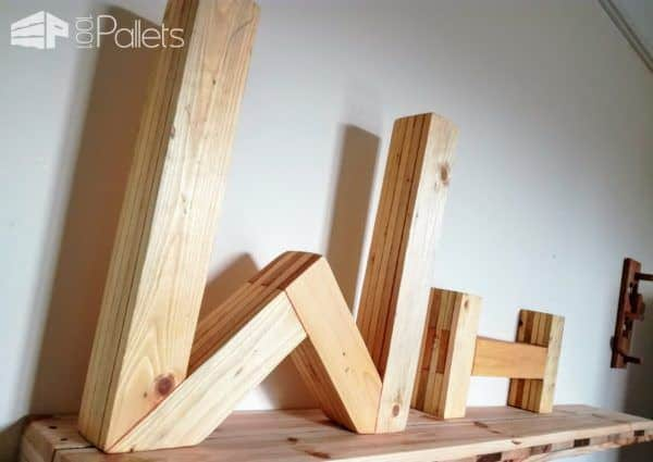 Add some custom touches to your child's room with this Pallet Letters Wall Art.
