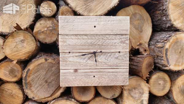 Make this Pallet Wood Wall Clock and add some rustic style to any room of your home.