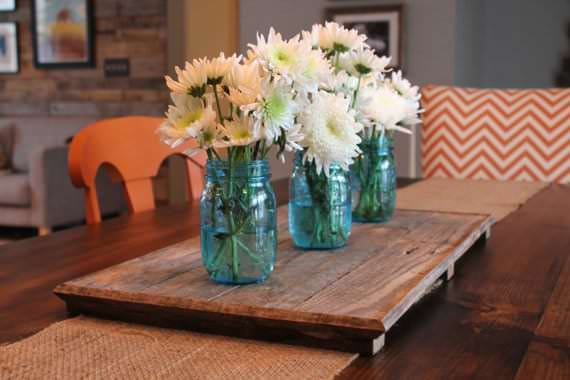 Pallet Fall Centerpiece ideas like this functional, rustic tray can be both pretty and useful!