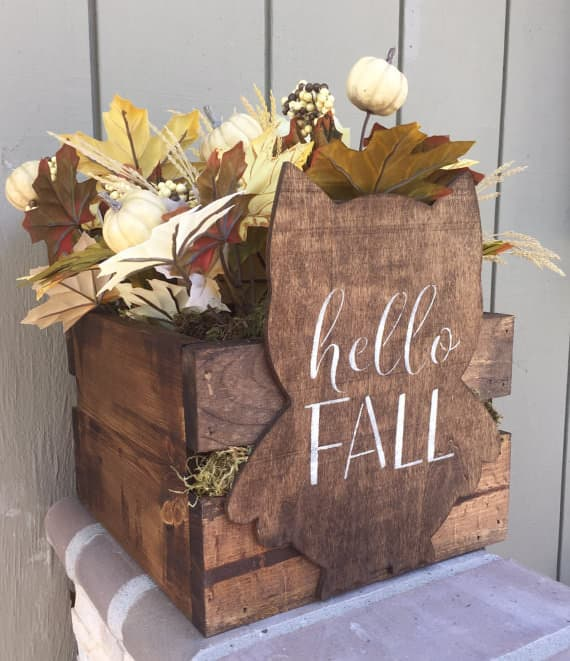 Make a Pallet Fall Centerpiece like this pallet crate with an owl shape added in. Stencil the words
