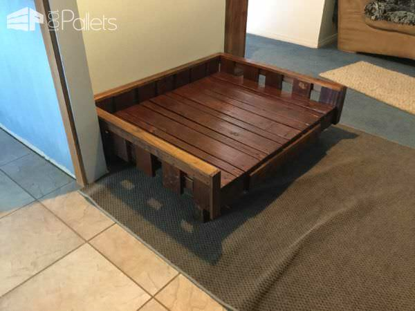 Another view of the Raised Pallet Dog Bed without the cushion in place.