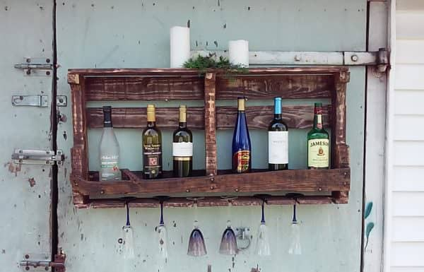 Our #2 project of our September 2017 Pallet Ideas - a pallet wine rack that is fast and easy to make.