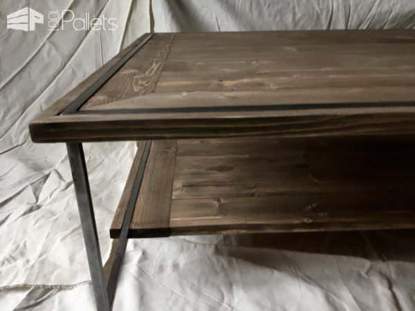 This Sleek Pallet Coffee Table features a lower shelf for lots of extra storage.
