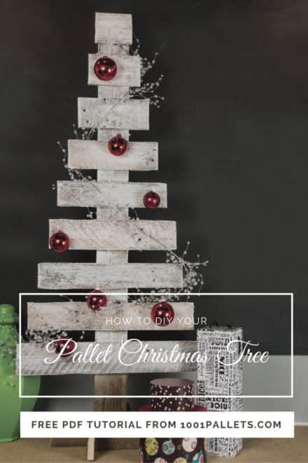 Easy Pallet Christmas Tree