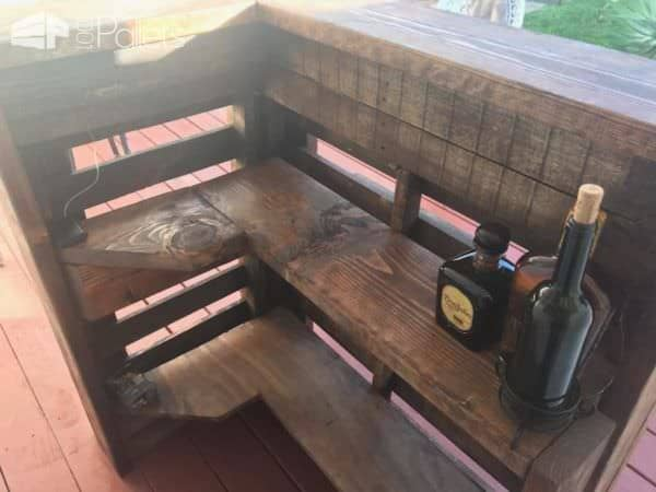 L-shaped Pallet Bar Uses Small Areas Perfectly! Pallet Bars