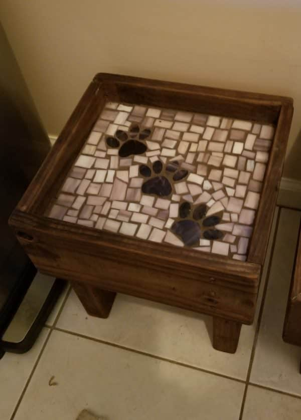 Pallet Dog Bowl Tables can have imperfect mosaic patterns and still be adorable!