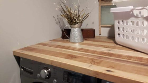 Pallet Countertop Makes Laundry Room Gorgeous 1001 Pallets