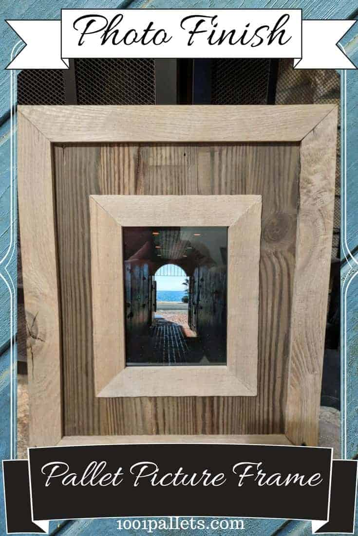 Finish off those beautiful photos, kid\'s artwork, or other mementos with a two-tone pallet wood picture frame. No sanding required! Just use a wire brush to clean and keep that rustic charm! #diypalletideas #palletpictureframe #palletframe