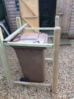Pallet Wheelie Bin Shed Aka Garbage Can Enclosure • 1001