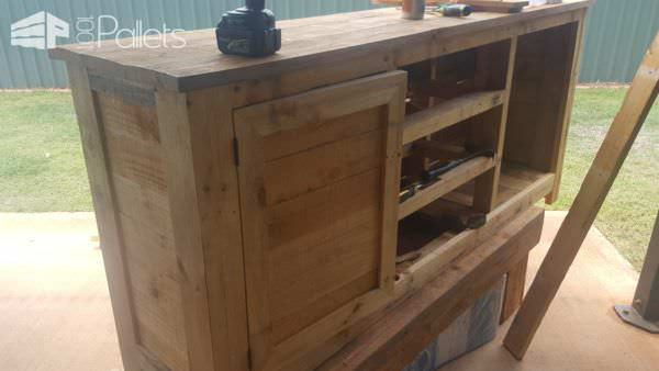 The pallet Rustic Buffet in process.