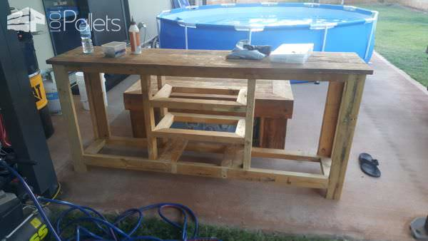 Here's the frame for the pallet Rustic Buffet.