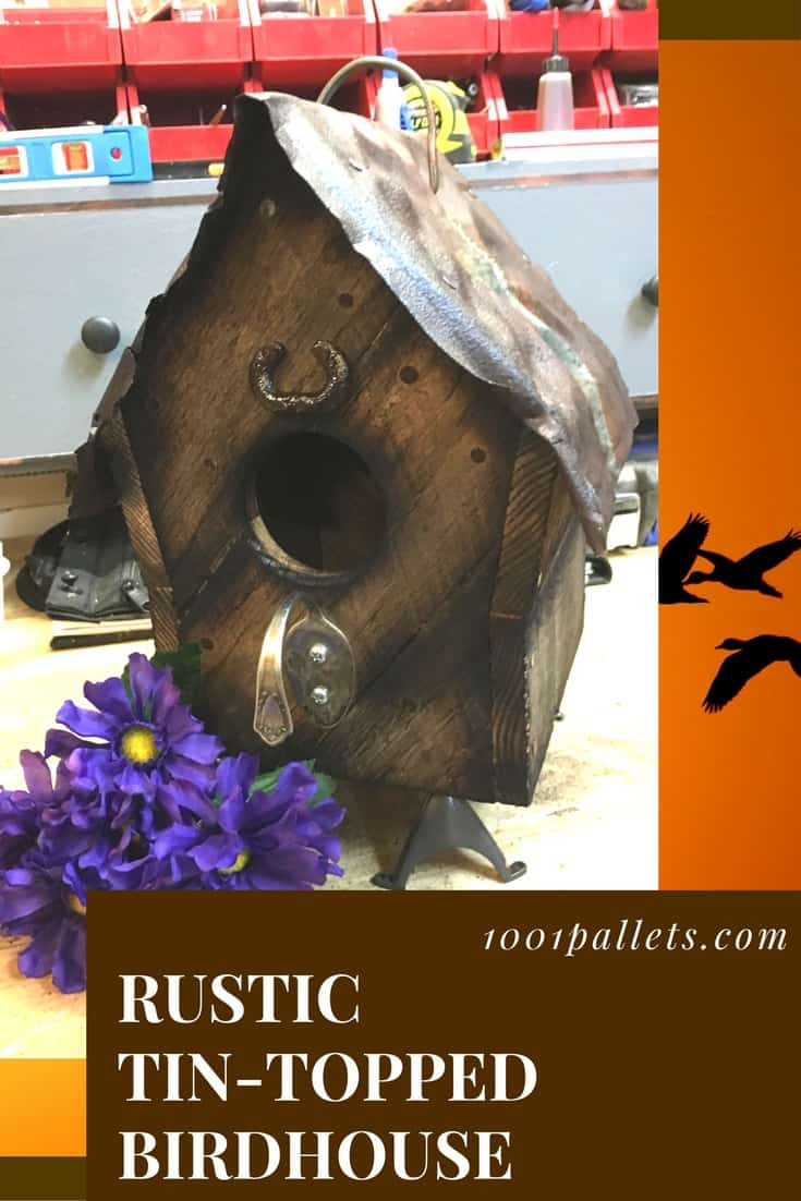 Befriend the birds with a rustic tin-topped pallet birdhouse. This project features an upcycled spoon, old belt buckle, upcycled roofing material and charred pallet wood. Add a touch of rustic charm that helps your local wildlife, too! <3