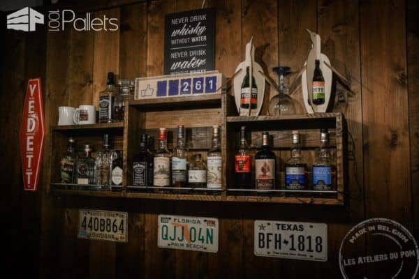 Vintage Barber Shop Decorated Using Pallets! Pallet Store, Bar & Restaurant Decorations