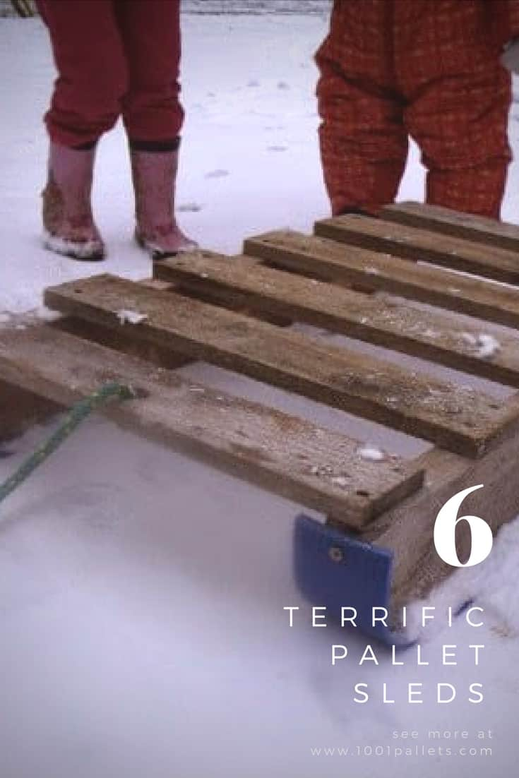 Grab your snowballs and have some snow day fun! We've got 5 pallet sled & toboggan ideas you can make for fast snow fun on a budget! You only need one pallet to build most of these designs! What are you waiting for? #palletsled #snowfun #diy